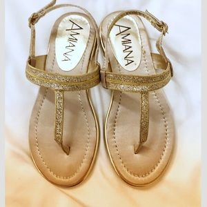 AMIANA GOLD THONG SANDALS.  New